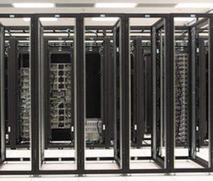 datacenter_empty_racks_after_virtualization